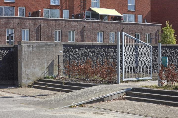 http://verkstad.nl/files/gimgs/th-95_hekwerk-Munt,-Rosestraat-9.jpg
